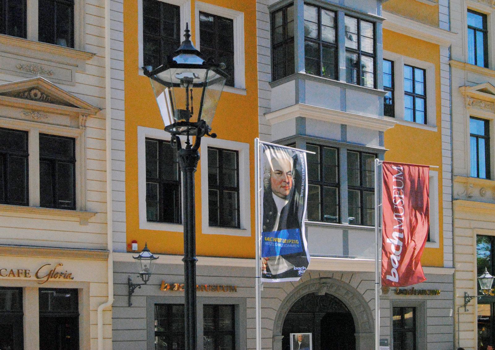 Bacharchiv im historischen Bosehaus